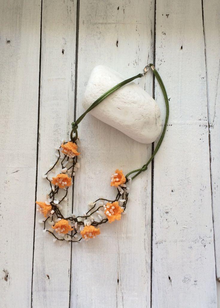 oya flower crochet necklace