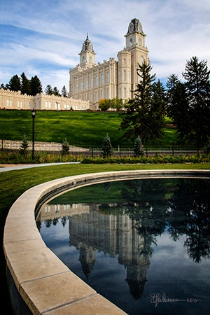 The Manti Temple is BEAUTIFUL!