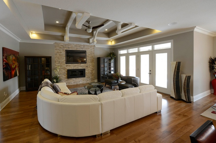 Living room grand bend ontario dreamitwinit london for Dream homes ontario