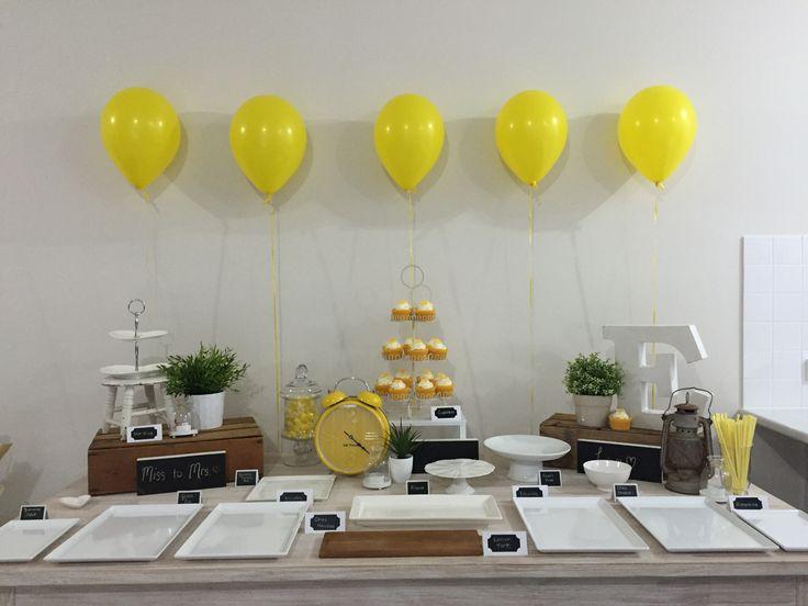 Kitchen Tea Table Display (before food) #kitchentea #tabledisplay #tyingthenothknott