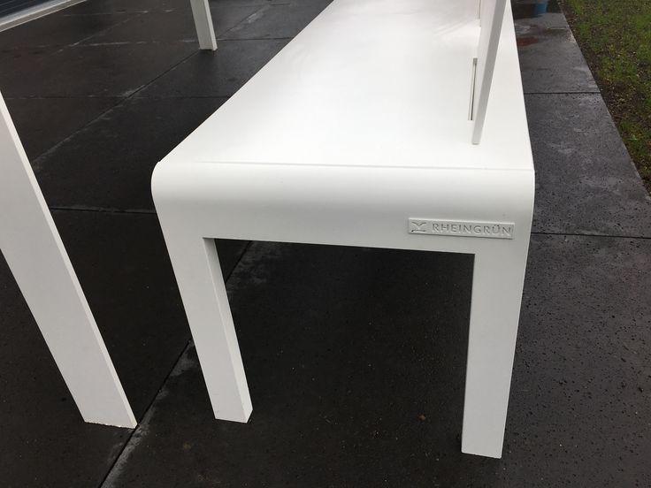 Möbelstück RheinGrün Living reinweiß