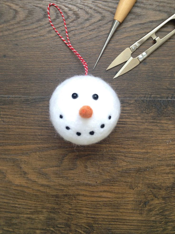 Snowmas Christmas Decoration * Bauble * Needle Felt * by TheHappyFeltClub on Etsy https://www.etsy.com/uk/listing/462739334/snowmas-christmas-decoration-bauble