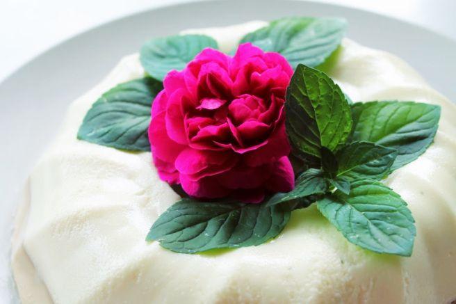 mint and licorice bavarese