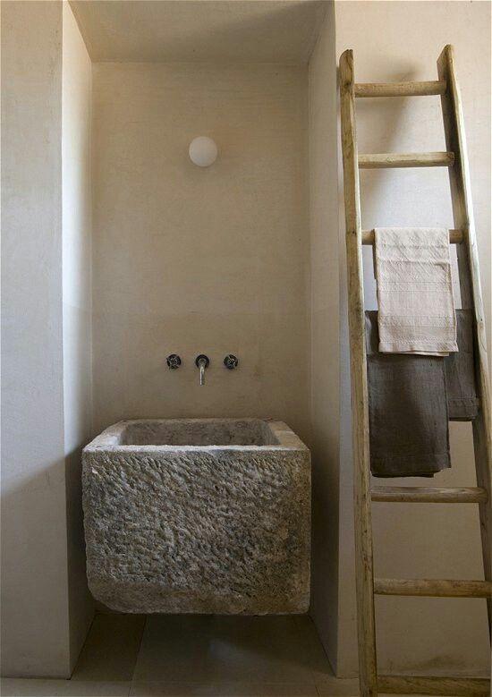 Die besten 25+ Bad Waschbecken Rock Ideen auf Pinterest DIY - ferienhaus 4 badezimmer