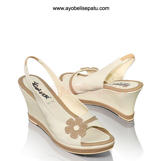 GInaley Shoe Wedges - IDR131.000 Sepatu wedge wanita material syntetic. #sepatuwedges #sepatuwanita #sepatumurah
