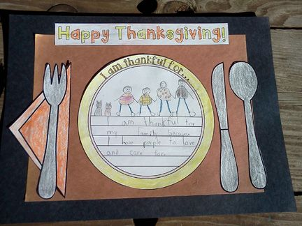 Cute Thanksgiving Place Mat Craft- Also a great hallway display! $