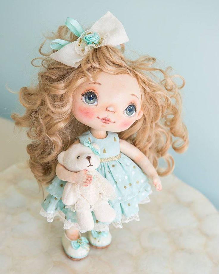 My curly hair doll. Love it. #alicemoonclub #ooak #fabricdolls #nicegift #clothdolls #heirloom #customdoll #doll #dollsofinstagram #interiordoll #shophandmade #dolls #gift #bestgift #artdolls #vintage #unique #giftideas #christmas #decoration #dollmaker #collectordolls #handmadetoy #craft #interiordoll #dollart