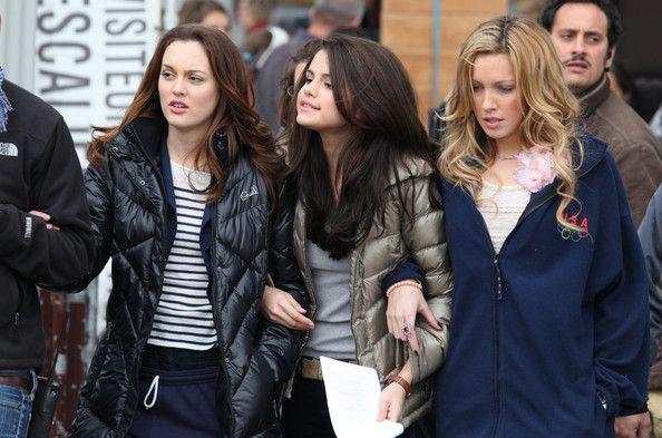 Leighton Meester Photos: Leighton Meester, Selena Gomez and Katie Cassidy Film 'Monte Carlo'