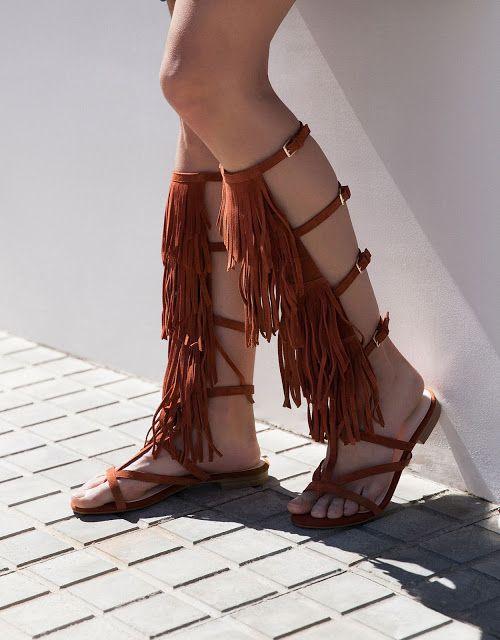LA MODA ME ENAMORA : 9 sandalias con flecos espectaculares