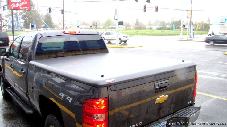 2011 Chevy 2500hd with a UnderCover Tonneau Cover. http://www.salemoffroadcenter.com/