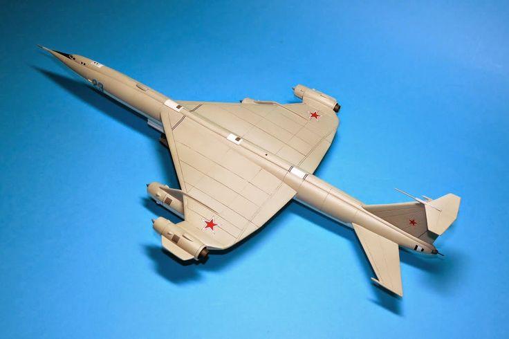 RUSSIA ARMS Россия вооружает