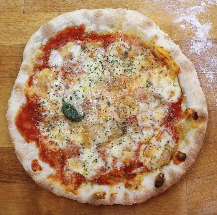 La vera pizza napoletana fatta in casa? Ecco la ricetta! #Cibo, #Mangiare, #Napoli, #Originale, #Pizza, #PizzaNapoletana, #Ricetta http://eat.cudriec.com/?p=5068
