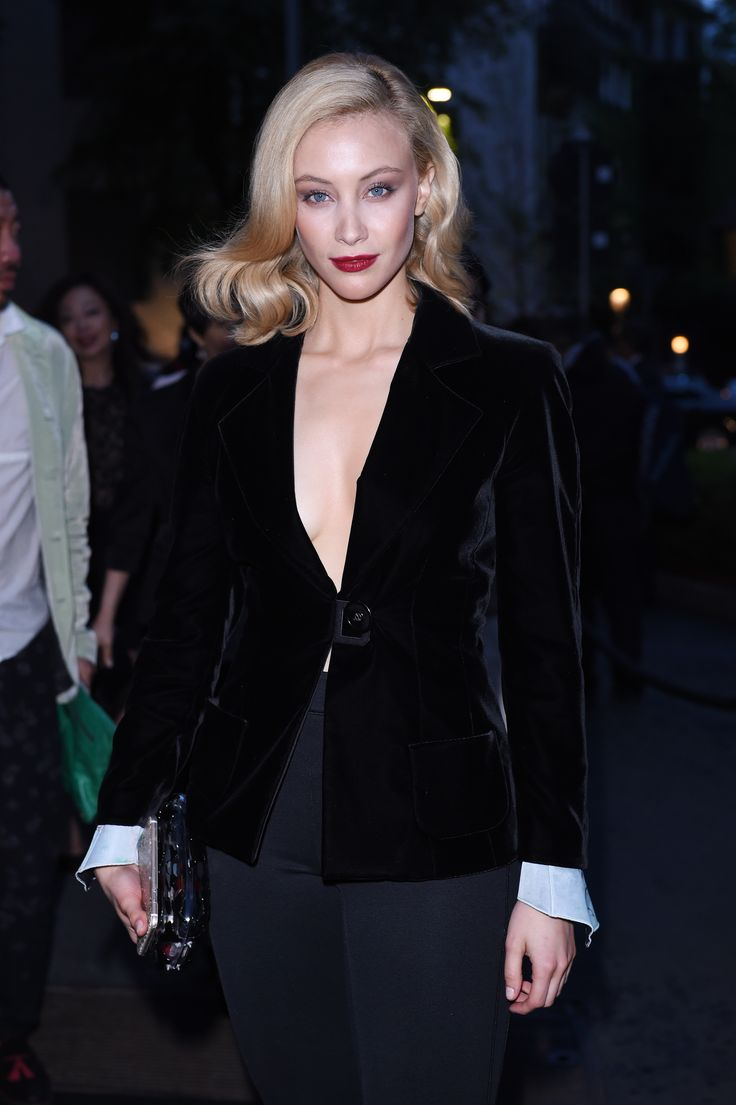 Related pictures famous landry allbright - Sarah Gadon