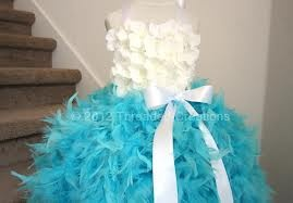 how to make a feather tutu dress- OH MY GOD THAT IS THE MOST BEAUTIFUL DRESS EVA!!