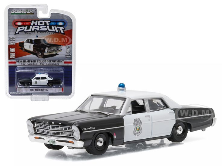 1967 Ford Custom New Hampton New Hampshire Police Car 1/64 Diecast Model Car Greenlight 42770 B