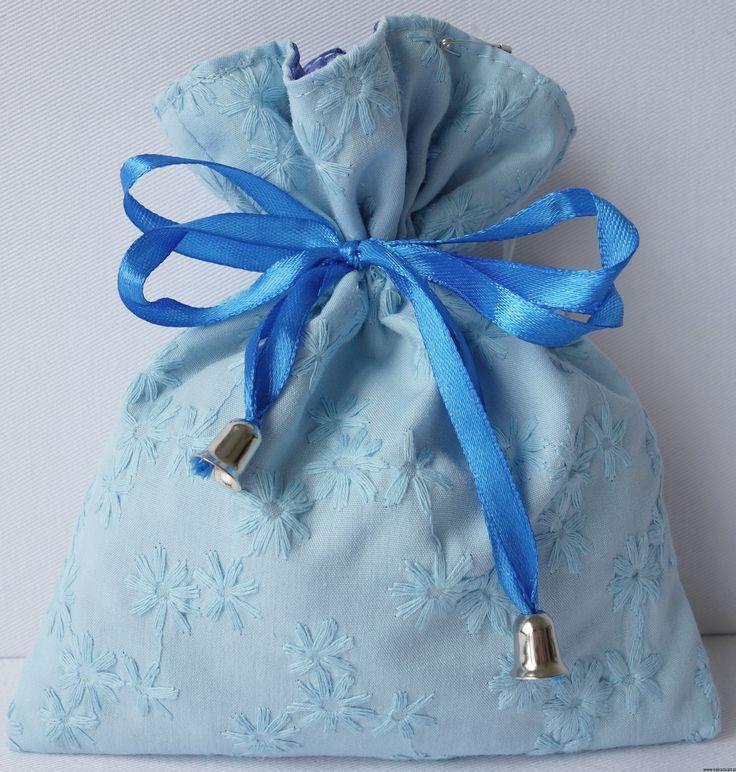 Niebieska sakiewka