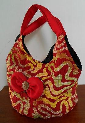 """Batik Indonesia tote medium women bag  Dimension : D: 17.7cm(7"""") L: 38.1cm(15"""") H: 25.4cm(10"""") strap drop : 17.7 cm(7"""")  material : cotton"""