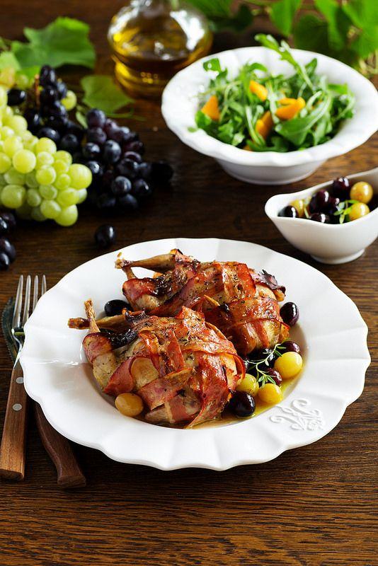"""Читайте також також Качка з яблуками, запечена в духовці Яловичина """"Веллінгтон"""" Салат """"Мімоза""""(Новорічний варіант) Пляцок """"Бананова хмара"""" Новорічний салат із морепродуктів з тунцем під гострим … Read More"""
