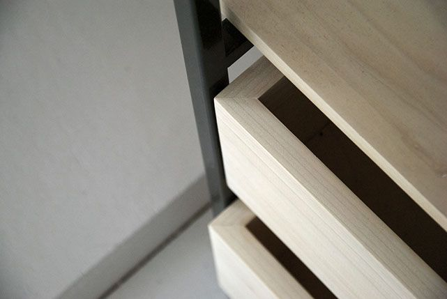 Tulip twins, detail, wardrobe, closet design, wood, metal, minimal and grey scale. Collaboration http://www.lisamalousmits.nl together with http://jannontwerp.nl