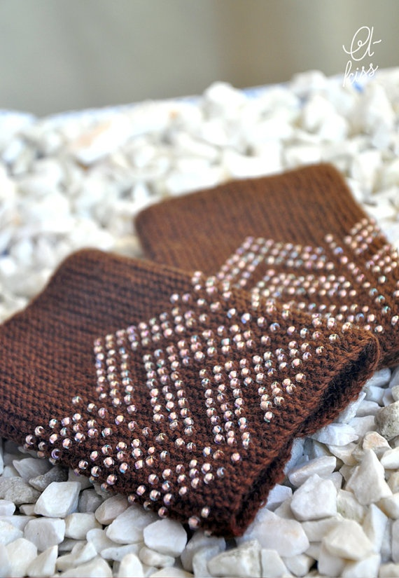 Croatia Knitting Patterns : Brown beaded wrist warmers/fingerless gloves by akissMezginiai, ?20 ...