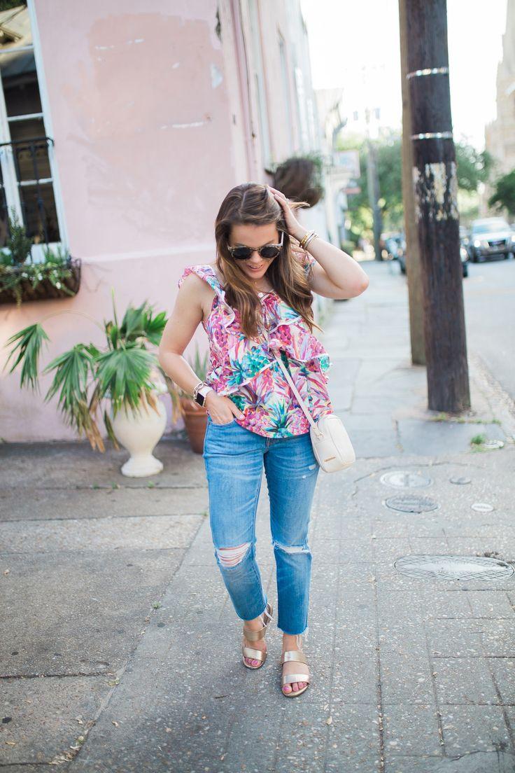 Summer Style via Glitter & Gingham / J Crew Pineapple Top / Madewell Boyfriend Jeans / Gigi New York / David Yurman / Kate Spade Bangles