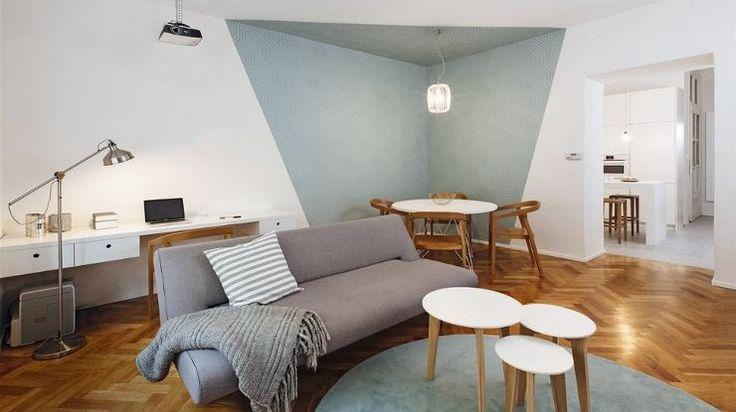 Svoj sen o bývaní v starom dome zverila architektkám. A neľutuje