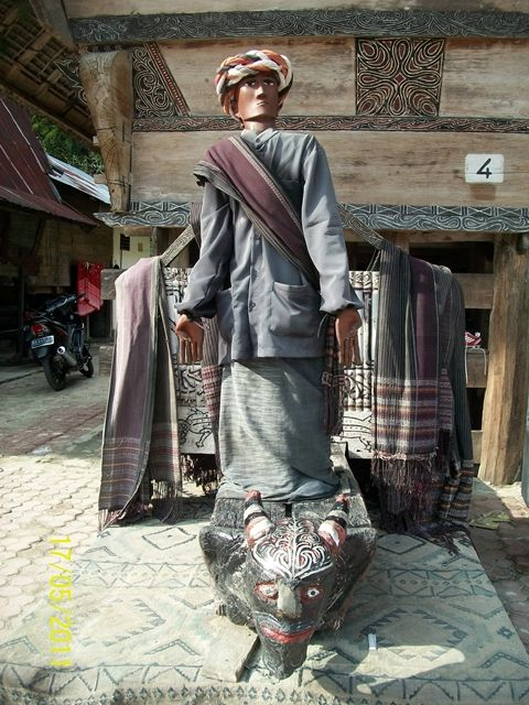 Sigale's Statue - Lake Toba North Sumatra