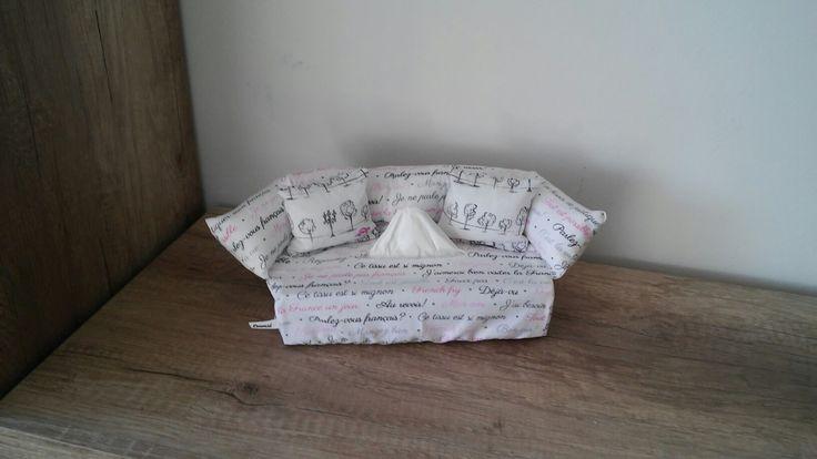 Napkin box