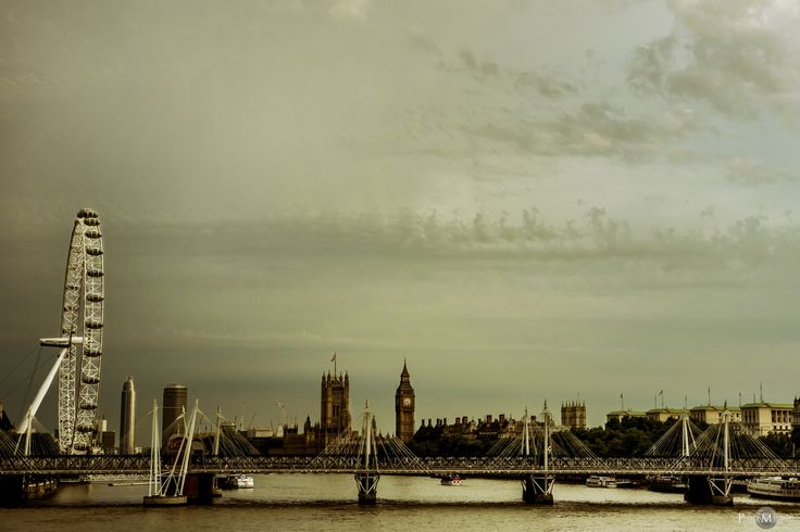 London by Pavlos Mavridis on 500px. Read the full photo-story here: http://www.pavlosmavridis.com/blog/2014/7/23/monty-python-live-mostly-london-2014