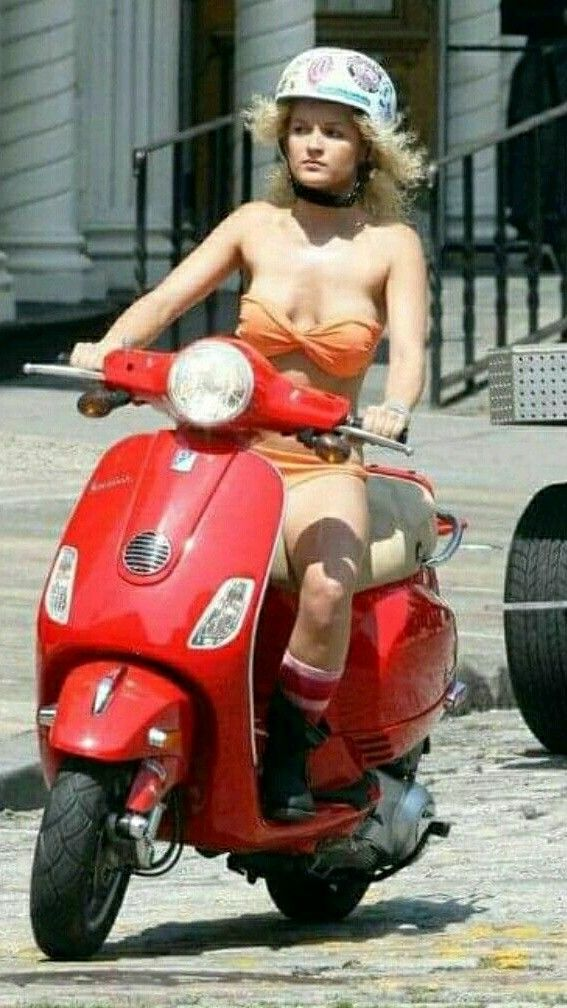Pin by Jeffrey Hirsh on Scooter girl | Scooter girl, Vespa