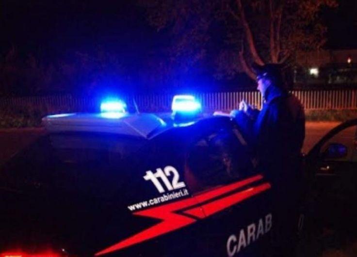Fontanarosa (Avellino), armati di pistola ed ascia rapinano una coppia di giovani: è caccia ai malviventi