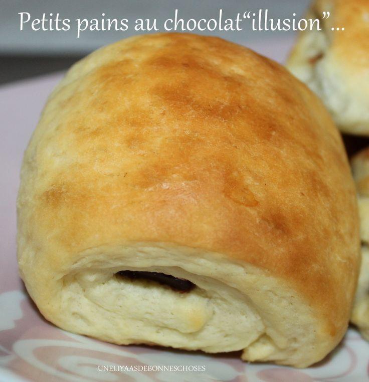 Bonjour!!! Aujourd'hui,je vous propose une recette &bluffante& de petits pains au chocolat... La différence avec les &vrais&? Ceux-ci sont briochés!!!!!! Pas de tourage,ni de feuilletage,du coup,un moelleux extra lorsque l'on croque dedans!!! La recette...