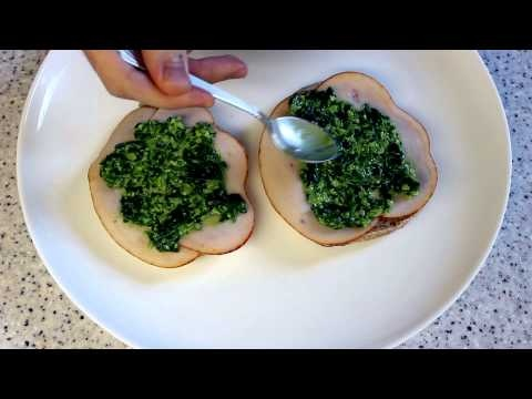 Super delicious, low-fat spinach pesto in egg-sandwich.