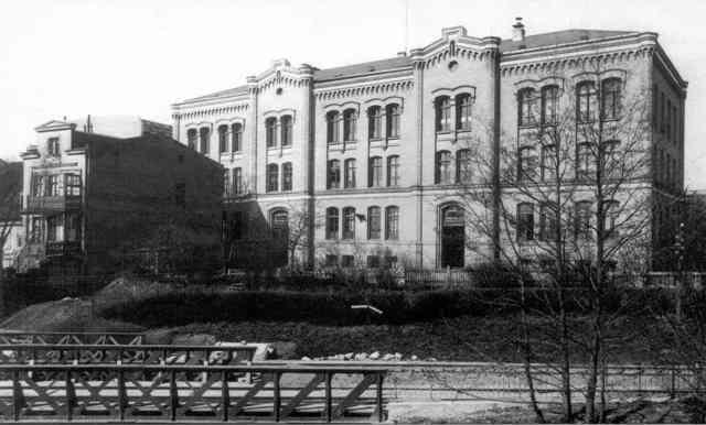 szkola_schwarzesmeer_640_pix_816.jpg (640×386)