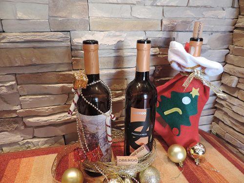 Decora con botellas de vino vacías. ¡Te damos algunas ideas muy navideñas!