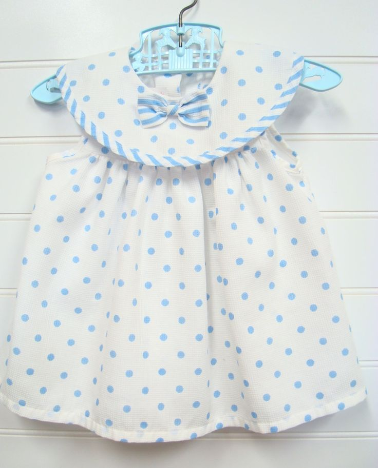 Vestiti vintage Baby Baby Girl vestito bianco con pois blu.