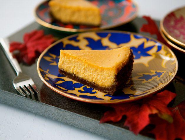 Pumpkin Cheesecake with Gingersnap Pecan Crust – Move over pumpkin ...