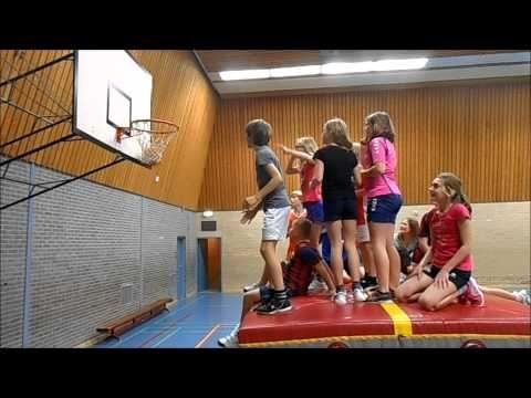 20141220 De leukste gymles van groep 7 van CBS De Twine uit IJlst - YouTube