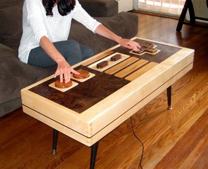 OMG this is cool: Coffee Tables,  Carpenter Planes, Games Rooms, Nintendo Control, Control Coffee, Functional Nintendo, Memorial Tables,  Woodworking Planes, Nes Control
