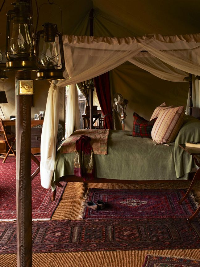 Mom loved this tent. This was at the last stop on the safari...............    Sabora Tented Camp luxurious layered safari style