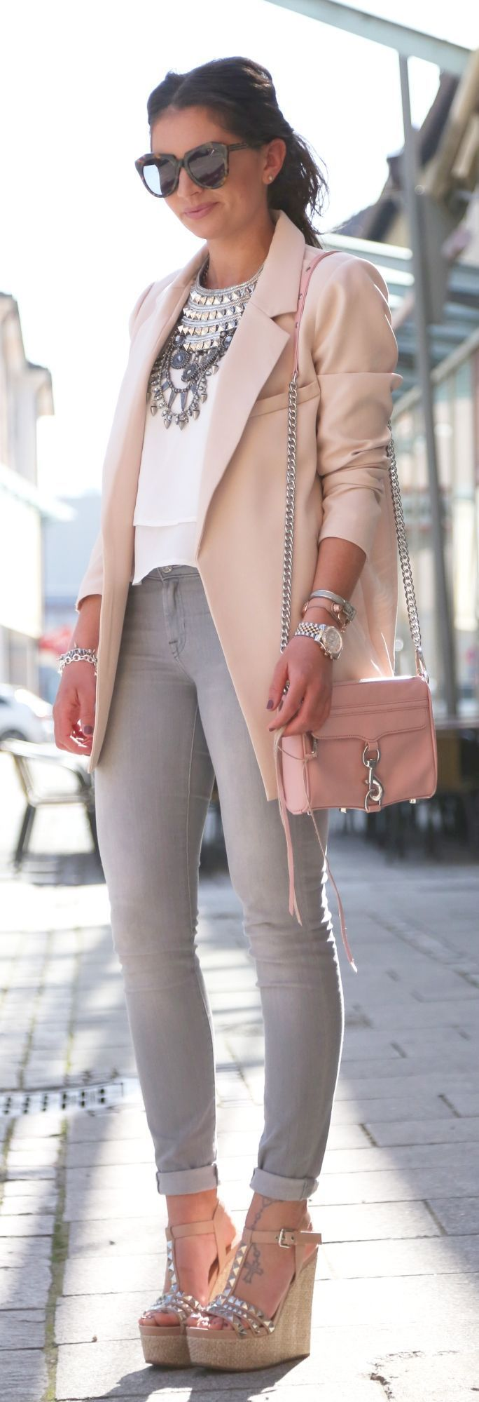 Fabulous Business Lady Outfit - Soft Pastel Chic Spring Look. Love Jacket, Grey Jeans, Sandlas and Bag combination.