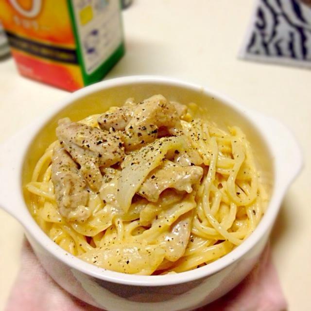 いつかの晩ごはん♡2 レシピ見ずになんとなくで作ってみました! - 8件のもぐもぐ - カルボナーラ by da21kaexusk59