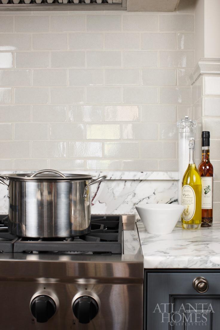 White apron galleria 7 - Design By Matthew Quinn Design Galleria Kitchen And Bath Studio Photography By Mali Azima