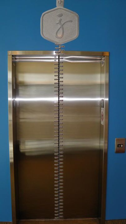 Custom elevator and wall decals for Jenny Craig.  www.SpeedproSilverSpring.com