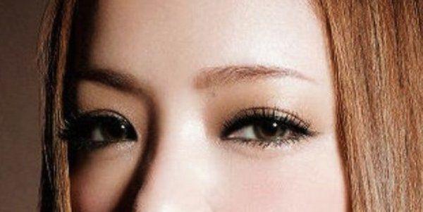 安室奈美恵の眉と目に注目!メイクのやり方 | GetBeauty メイクのやり方2.png