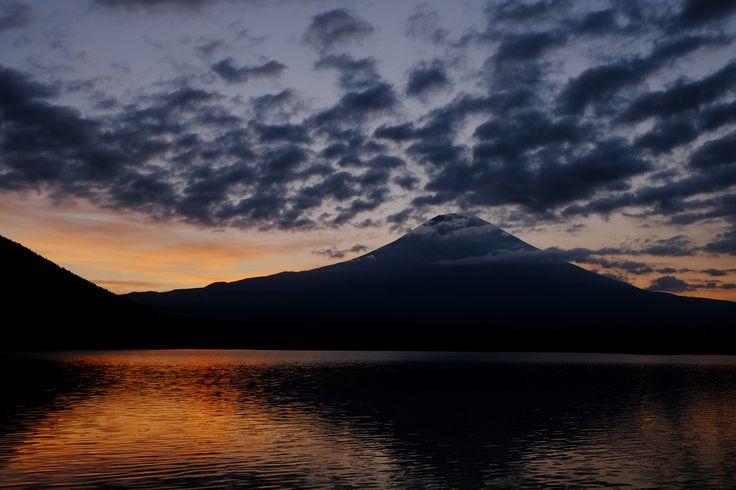 FUJIFILM X-E2 + FUJINON XF14mm/2.8   Mt.Fuji, Japan   https://www.facebook.com/FUJIFILMXseriesJapan   Photography by Hayato Ebihara   http://fujifilm-x.com/photographers/ja/hayato_ebihara/
