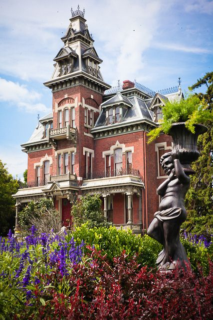 Vaile Mansion, Independence by Missouri Division of Tourism, via Flickr
