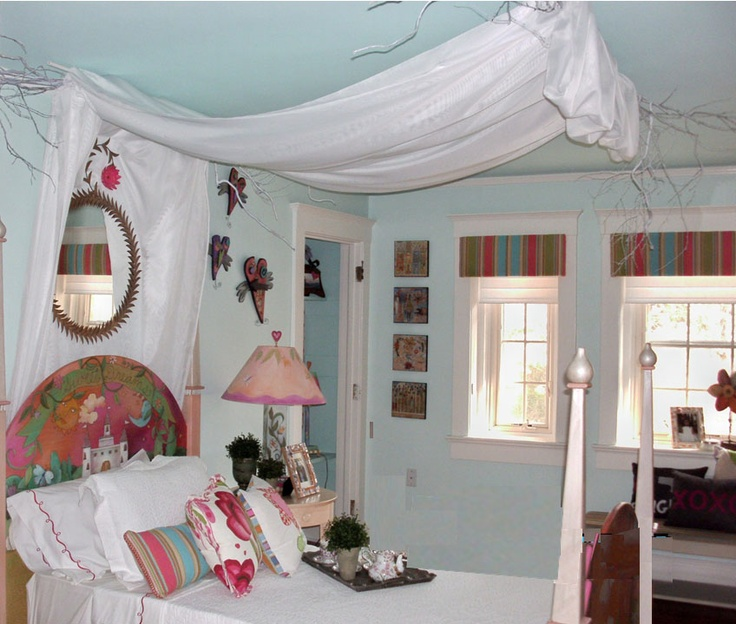 An enchanting bedroom for a princess...love the playful heart decor, and the Silhouette® Window Shades as well.  ♦ Hunter Douglas Window Treatments #chtcontest