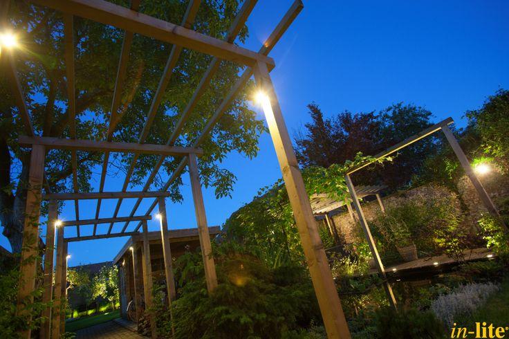 Veiligheid voorop | Pergola | Buitenverlichting | Wandlamp CUBID | Tuinverlichting 12V | Inspiratie