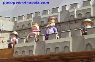 Los reyes del castillo #playmobil #malta http://www.pacoyverotravels.com/2013/10/playmobil-funpark-malta-viajar-con-ninos.html